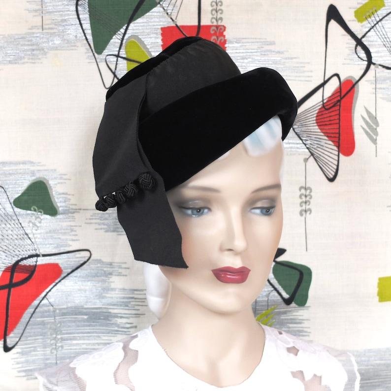 Vintage 1960's Hat . Retro Black Velvet Tipster . Chic image 0