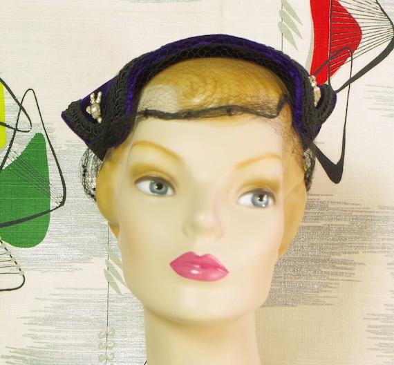 Purple Velvet Pixie Vintage 40's Hat. Lampshade N… - image 5