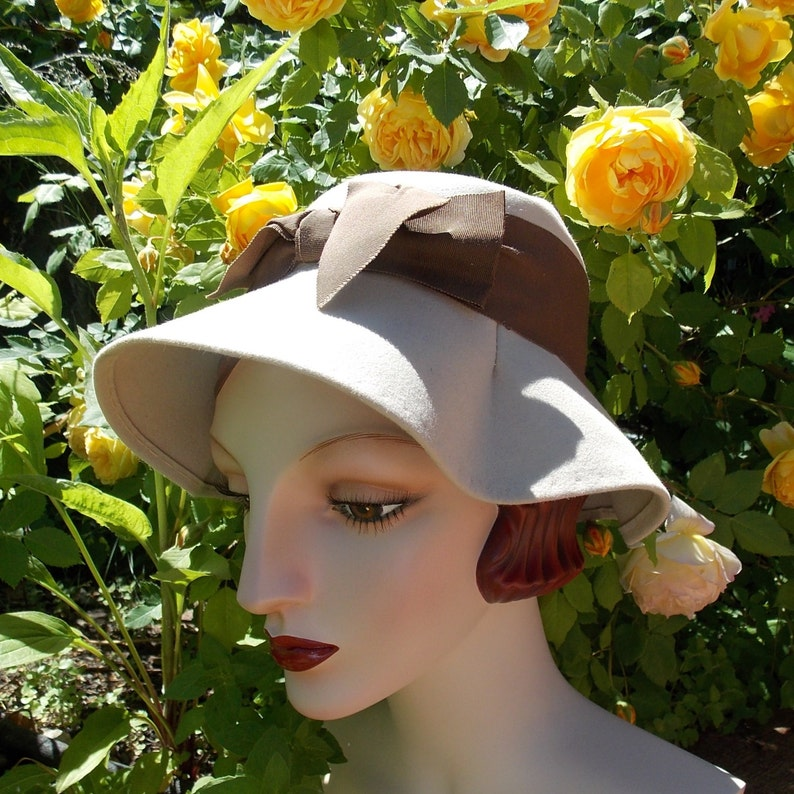 Vintage 1950's Lampshade Hat Cloche. AMY New York label . image 0
