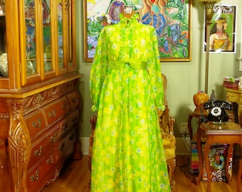 Vintage Boho Spring Green Daisy Print Chiffon Gown . Late 60's / 70's . Retro Flower Power Dress . Victorian Revival Prom . Spring Goddess .