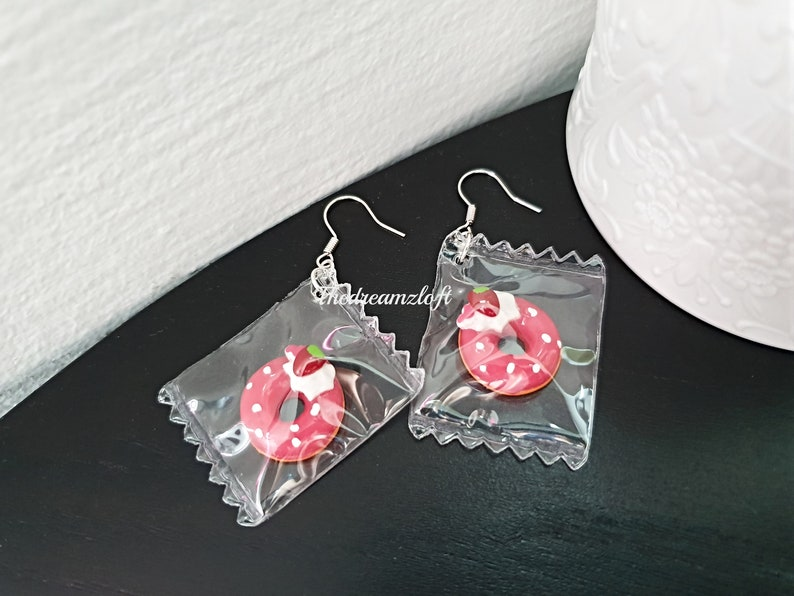 Quirky Fun Gift Donut Earrings Handmade Charm Kawaii Strawberry Donut Post Earrings Strawberry Donut In A Bag
