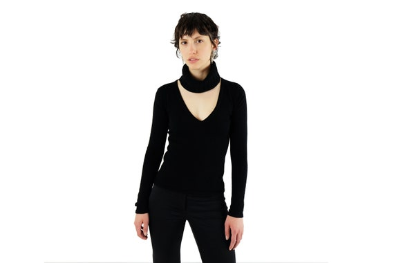 GUCCI by Tom Ford Cutout Cashmere Turtleneck Sweater