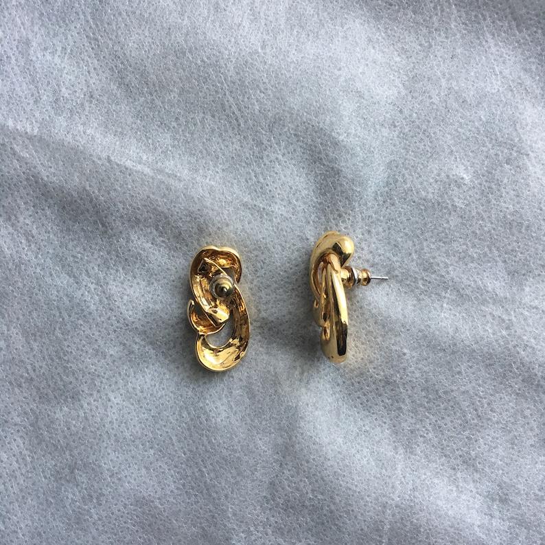 Vintage Gold Tone Swirl Design Pattern Post Style Earrings