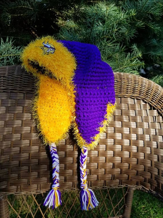 Ladies Minnesota Vikings Earflap Aviator Fuzzy Warm Bomber Hat  487f1d6f97b