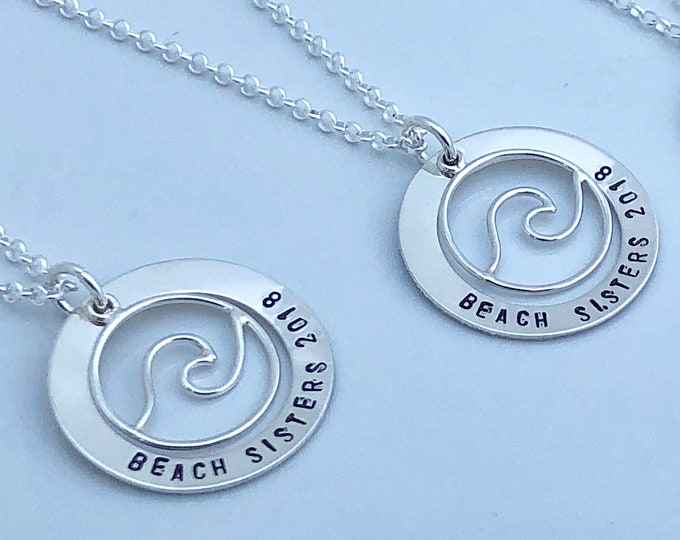 NEW! Wave Beach Necklace