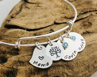 Gift for Mom - Mother's Personalized Family Tree Bracelet