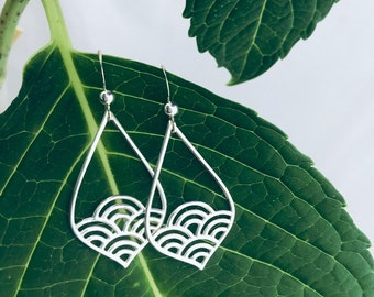 Wave Teardrop Earrings