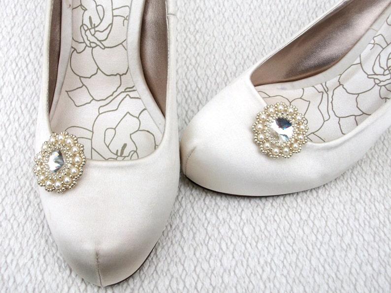 86e73bb54c26 Shoe Clips Beaded Swarovski Crystal   Cream Pearls with