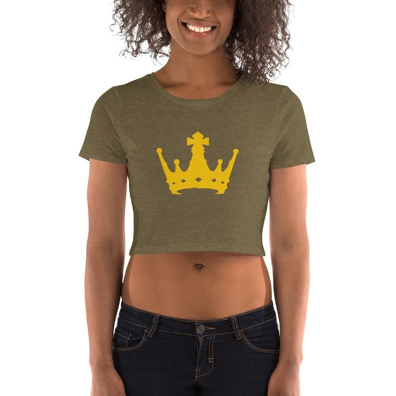 Queen apparel Original Graphic Art Design BB Gold Crown Women\u2019s Crop Tee