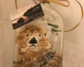 Hand Painted Otter Clear Glass Bottle Cheese Tray/Platter