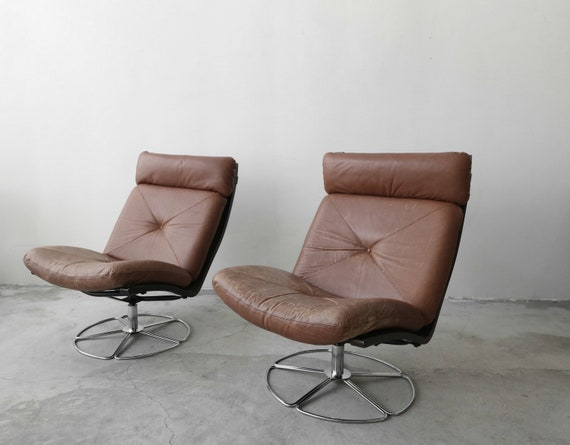 Surprising Pair Of Mid Century Leather And Chrome Armless Swivel Danish Style Lounge Chairs Uwap Interior Chair Design Uwaporg
