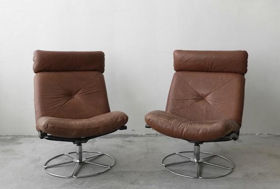 Super Pair Of Mid Century Leather And Chrome Armless Swivel Danish Style Lounge Chairs Creativecarmelina Interior Chair Design Creativecarmelinacom