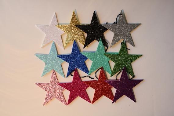 c43343bb7f1 Artículos similares a Estrellas de goma Eva con purpurina