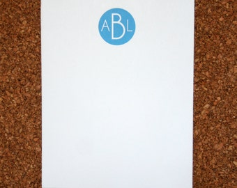 Set of 4 Personalized Monogrammed Notepads / Customized with Initials / Custom Note Pad / Initials / Custom Fonts and Color