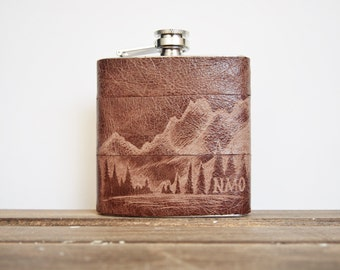 Personalised Flask with Mountain, custom leather hip flask gifts for him boyfriend flask hiking flask  great outdoors gift engraved flask