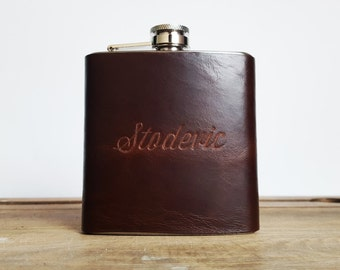 Personalised Best Man Flask Groomsmen leather gift Customised brown leather flask Personalized name hip flask Wedding gifts for him