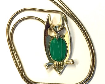 Owl Necklace - Owl Jewelry - Gold Tone Necklace - Pendant Necklace - Owl Gifts - Metal Jewelry - Green Necklace - Mother's Day Gift for Her