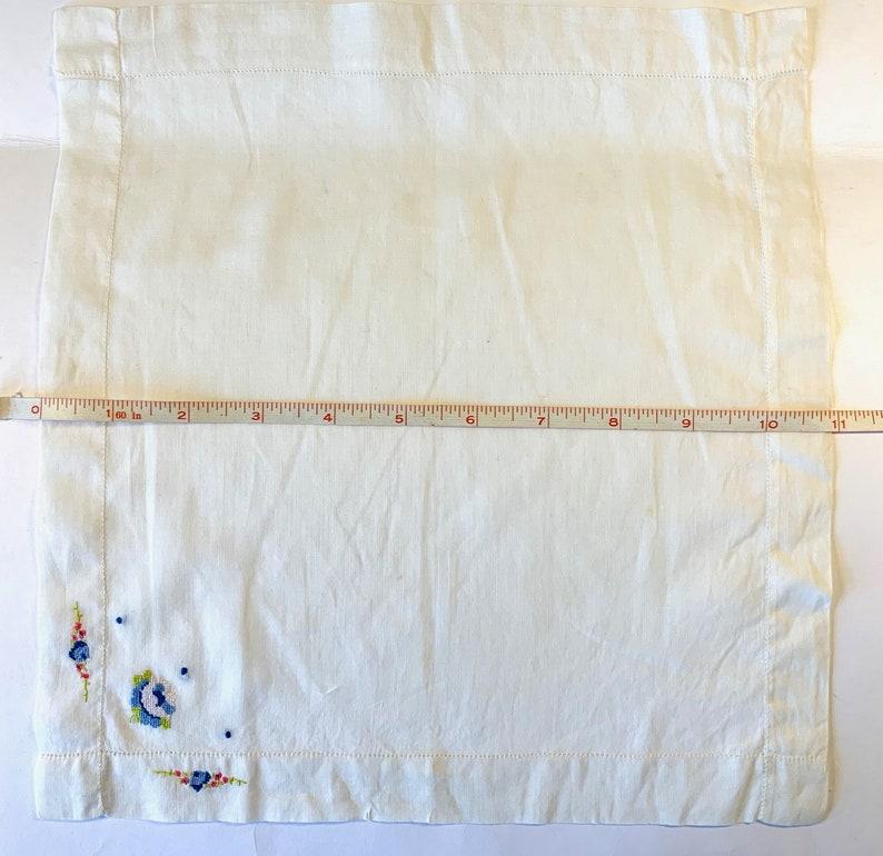 Ladies Handkerchief Wedding Handkerchiefs Wedding Accessories Vintage Embroidered Hankie Gift for Her Bridal Hanky Bridal Shower Gift