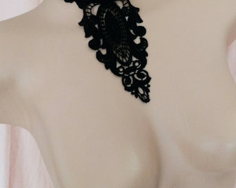 GEORGIA lace and silk choker