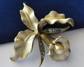 Vintage Signed HAR Brooch Enamel Orchid Lily Floral Brooch Blue Rhinestones Pearl 2 3/4 Inches Designer Signed Hargo Creations Mid Century