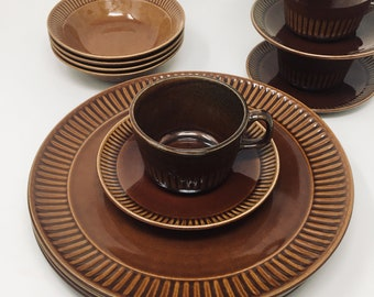 Mount Clemens Pottery, Sixteen Piece Dinnerware Set, Brown with Ribbed Edge, New in Box