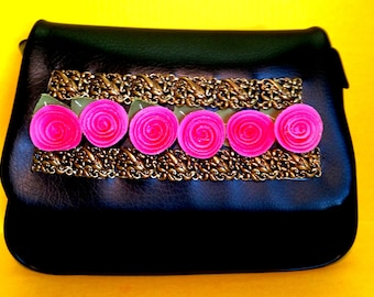 "Black Vintage Vinyl ""Pocket Full of Posies"" Purse (Retro Original)"