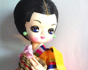 SALE 24.00 Vintage Japanese pose doll on wood stand big eye Geisha