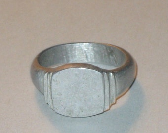 Vintage metal trench art ring WW11
