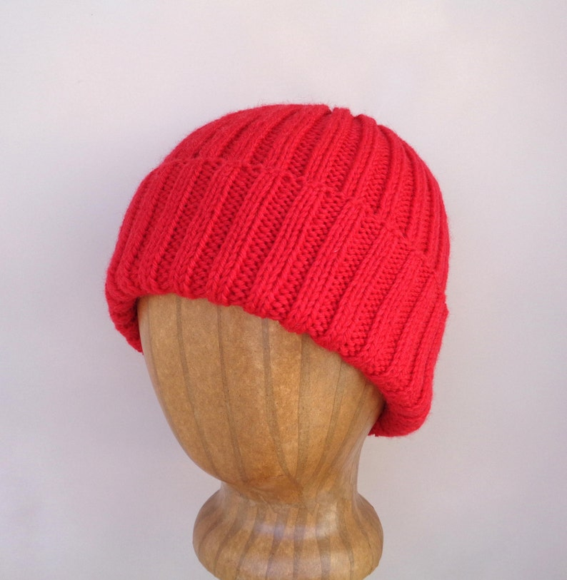 2cd598552e0 XL Mens Hat RED Hand Knit 100% Wool Beanie Hat Watch Cap
