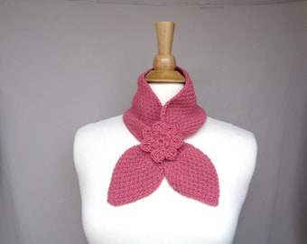 Salmon Pink Ascot Scarf with Rose Flower, Pull Through Keyhole Scarf, Small Neck Scarf, Hand Knit Neck Warmer, Alpaca Wool