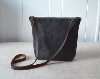 Crossbody Bag in Dark Brown Waxed Canvas