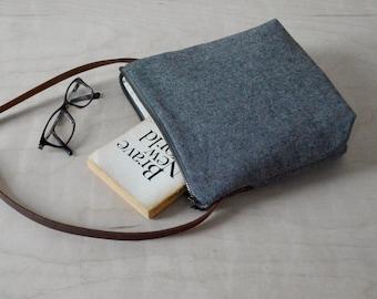 Crossbody bag in Charcoal Linen