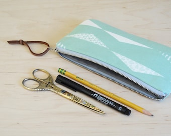 Zipper Pouch in Pennants Mint