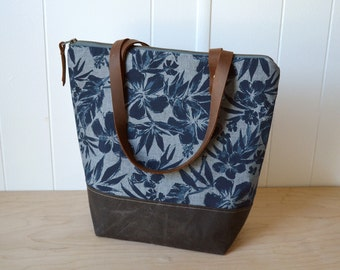 Zipper Tote Bag in Hibiscus with Waxed Canvas