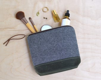 Cosmetic Bag in Charcoal Linen with Waxed Canvas