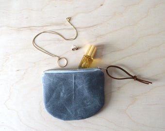 Waxed Canvas Pouch in Gray