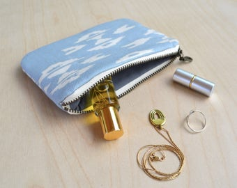 Small Zipper Pouch in Overshot