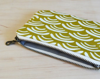 Small zipper pouch in wave - coin purse, mini wallet, card wallet