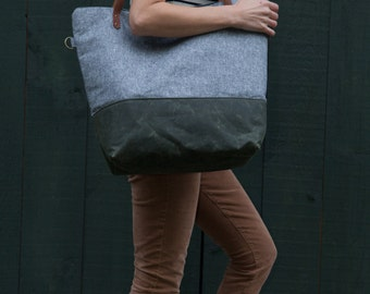 Weekender in Charcoal Linen & Green Waxed Canvas