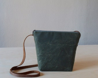 Crossbody Bag in Olive Green Waxed Canvas