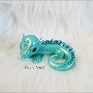 Handmade Miniature Collectible Figurine Cute African Fat-tailed Gecko