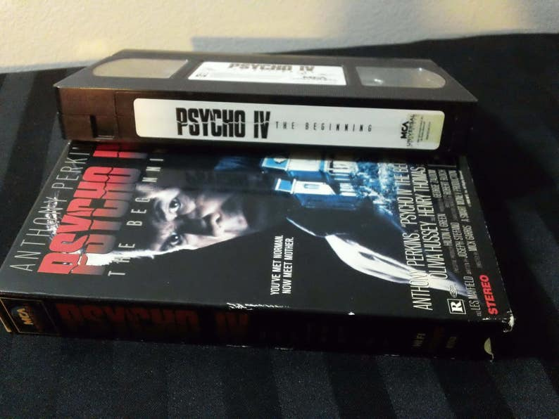Psycho Iv The Beginning 1990 Film Vhs Cassette 96min Color Rated R Mca Universal Home Video 1991 Horror Movie