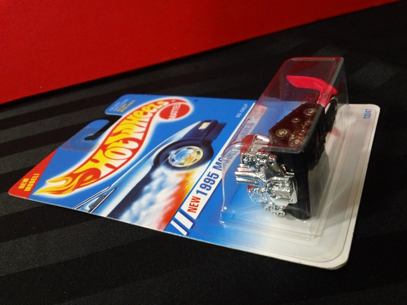 Big Chill MOC 1:64 scale diecast toy car Mattel Hot Wheels Collector #352 ~ 1995 Model Series #12 of 12