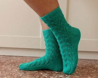 KNITTING SOCKS PATTERN Joy Socks Knitting pattern, easy lace socks womens kids socks pdf pattern Instant Download socks for beginners