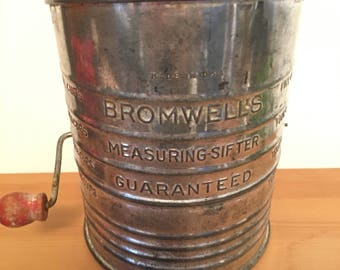 Vintage Bromwell's Measuring Sifter 5 Cups Flour Sifter Wood Handle Made in U.S.A. Farm House Kitchen