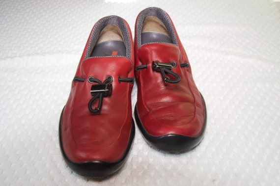 Prada Red Leather Shoes - image 7