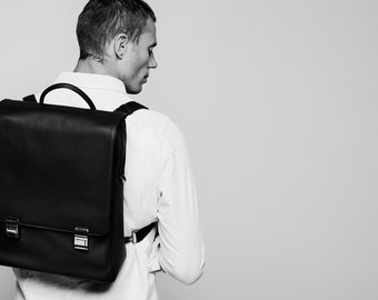 GION Tege 5.9 Unisex Small Leather Messenger Bag