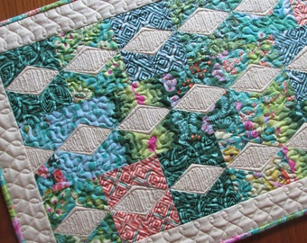 Diamond Quilted Table Runner Emerald Green Violette Treasure