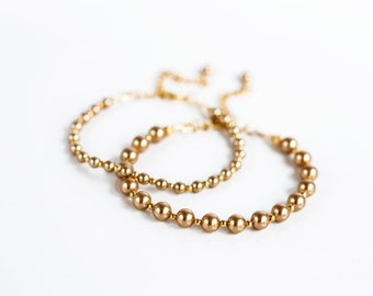570218d8795 Matching bracelets Mommy and me bracelet Friendship bracelet Mother  daughter gift Mom and daughter Bracelet Set Swarovski Gold pearls 136.