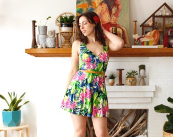 M Vintage 1990s Pinup Romper Bright Tropical Floral Print Cotton Sleeveless Romper